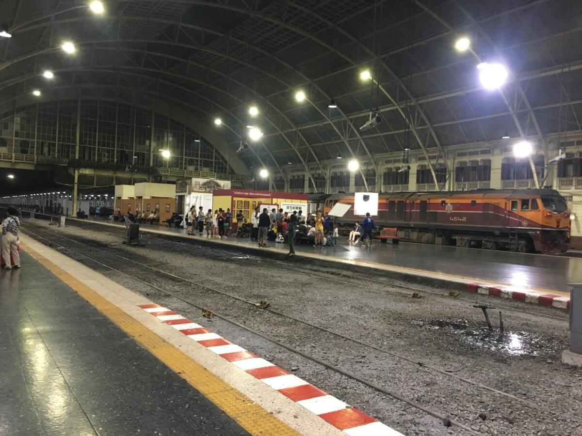 バンコクの鉄道