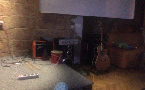 楽器のホステル